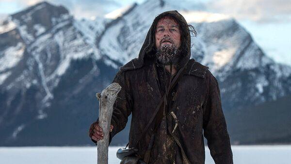 Leonardo Di Caprio podczas kręcenia filmu Zjawa - Sputnik Polska