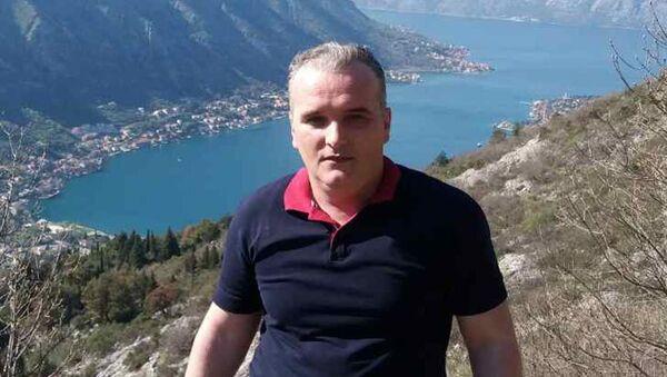 Były wojskowy Federacyjnej Republiki Jugosławii 43-letni Dalibor Jaukovic, który zaatakował ambasadę USA w Podgoricy - Sputnik Polska