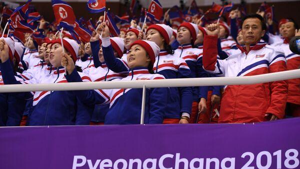 Cheerlederki z Korei Północnej, tzw. Armia Piękna - Sputnik Polska