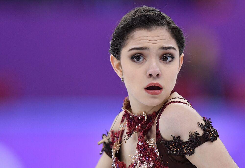 Występ łyżwiarki figurowej Jewgieniji Miedwiediewej w programie dowolnym 23 lutego 2018