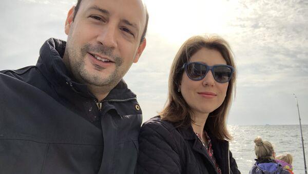 Pablo Rincon z żoną Aliną - Sputnik Polska