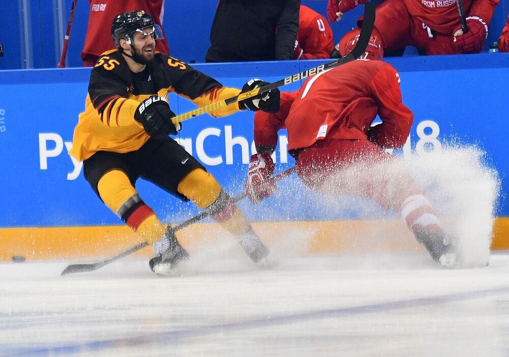 Drużyna Niemiec była silnym rywalem dla rosyjskiego zespołu, a pod koniec trzeciej części meczu nawet prowadziła.