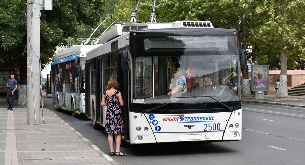 Trolejbus na jednej z ulic Symferopolu
