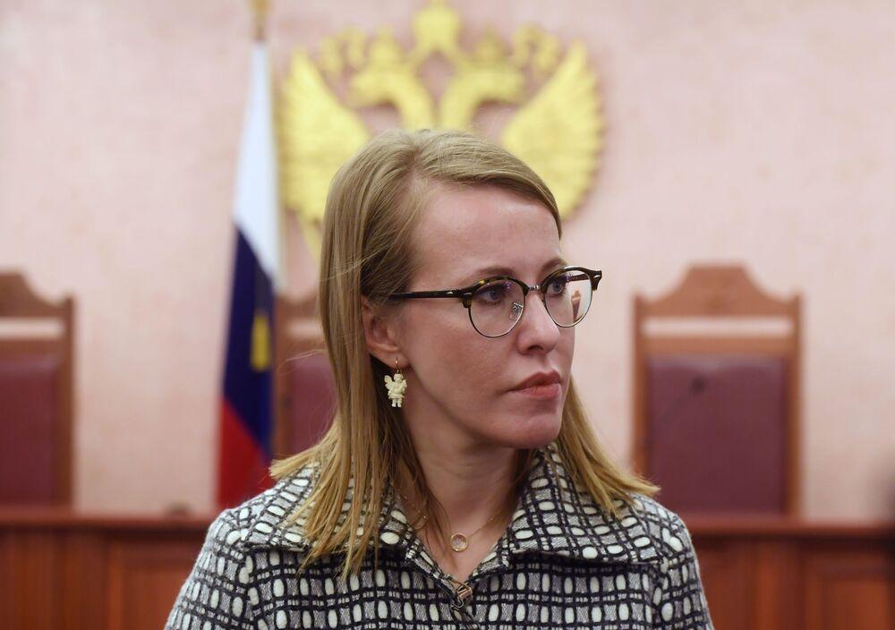Ksenia Sobczak w Sądzie Najwyższym po rozpatrzeniu jej skargi na odmowę uznania za niezgodną z prawem rejestracji Putina jako kandydata na prezydenta