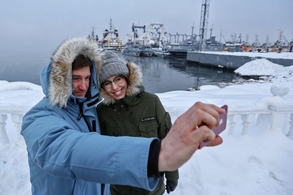 Ksenia Sobczak z członkiem swojego sztabu Antonem Krasowskim