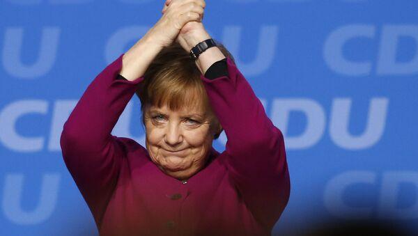 Kanclerz Niemiec Angela Merkel na zjeździe CDU - Sputnik Polska
