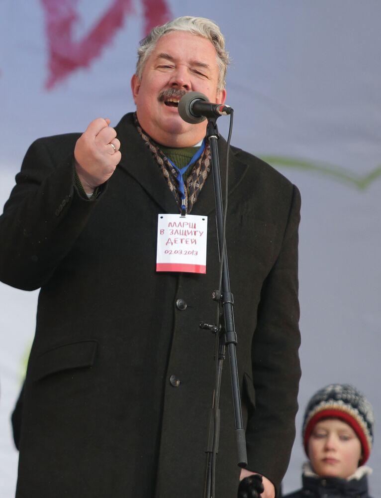 Siergiej Baburin podczas manifestacji w Moskwie