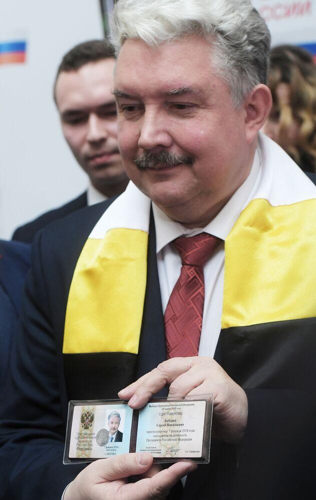 Siergiej Baburin po rejestracji w Centralnej Komisji Wyborczej