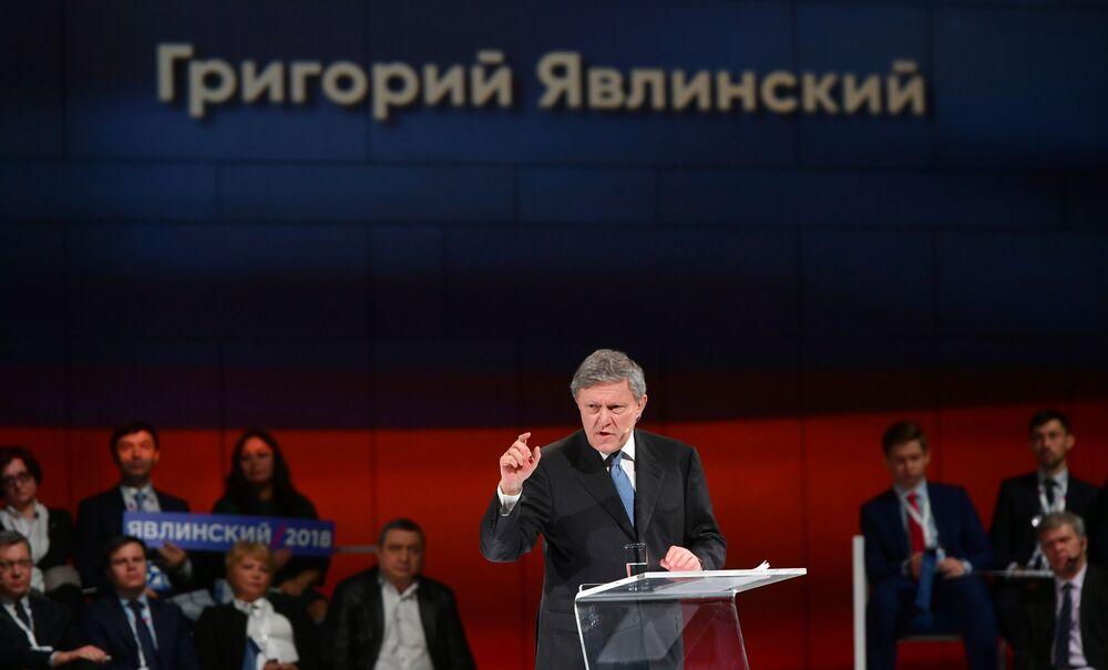Przewodniczący Federalnego Komitetu Politycznego Partii Jabłoko Grigorij Jawliński