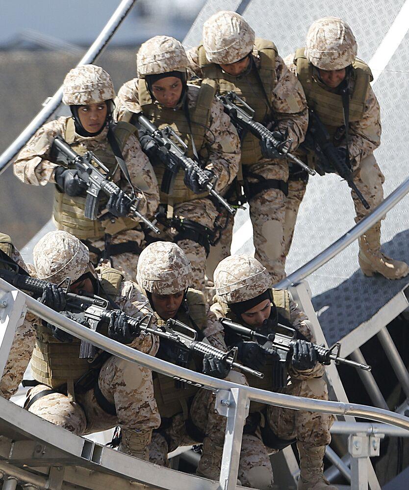 Żołnierki Sił Zbrojnych ZEA