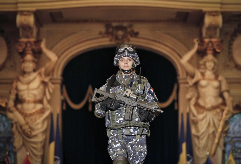 Żołnierka rumuńskiej armii
