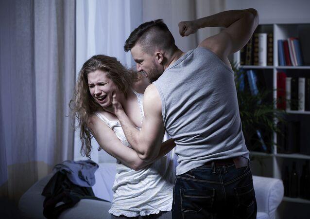 Agresywny mężczyzna