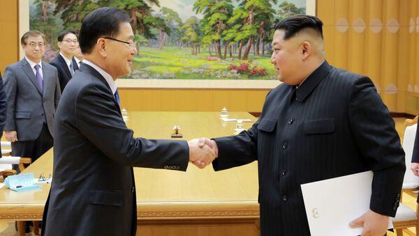 Wizyta południowokoreańskiej delegacji w Korei Północnej - Sputnik Polska