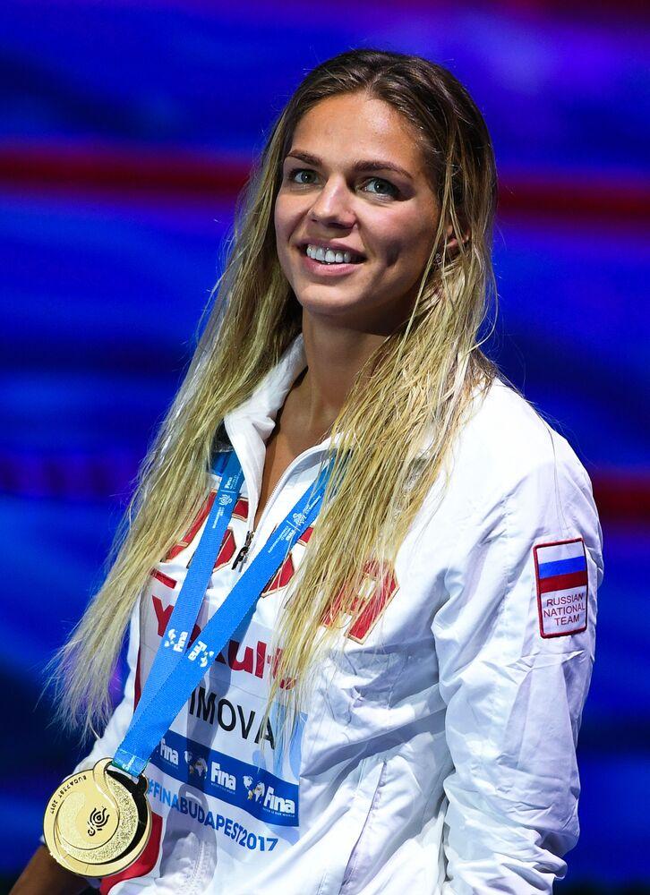 Rosyjska pływaczka Julija Jefimowa