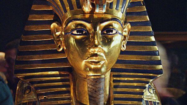 Maska Tutanchamona w Muzeum Egipskim w Kairze - Sputnik Polska