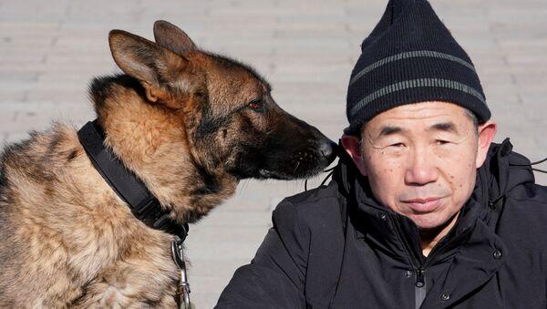 Szkolenie psów obronnych w Pekinie - Sputnik Polska
