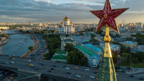 Gwiazda na wieży moskiewskiego Kremla - Sputnik Polska