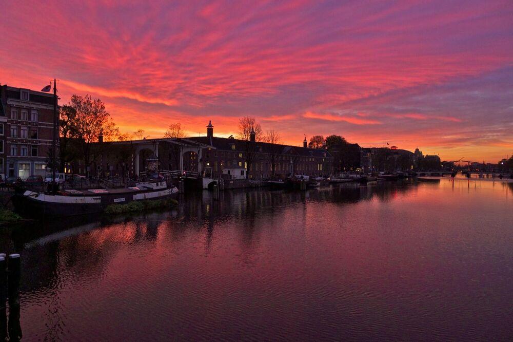 Rzeka Amstel w Amsterdamie