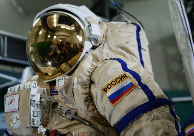 Rosyjski skafander dla pracy w otwartym kosmosie Orłan MK