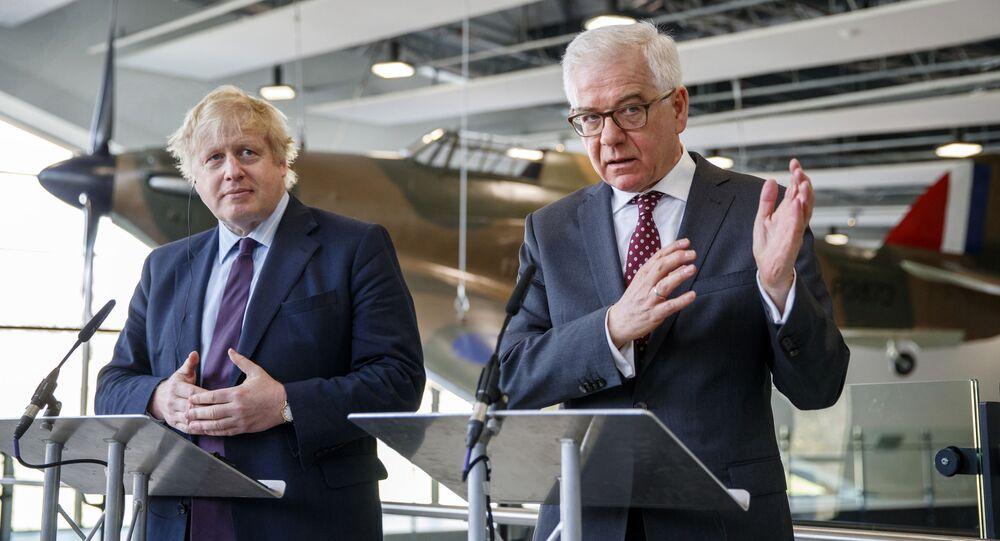 Minister spraw zagranicznych Wielkiej Brytanii Boris Johnson i polski szef dyplomacji Jacek Czaputowicz