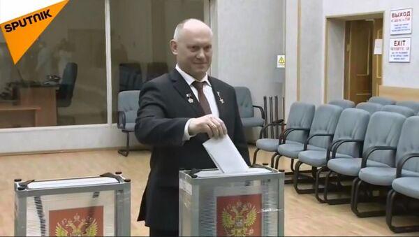 Głosowanie kosmonautów - Sputnik Polska