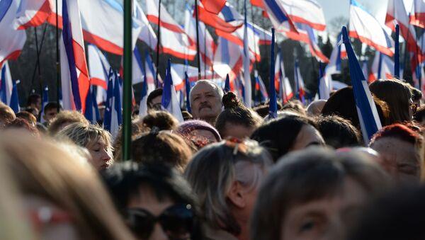 Miting w Sewastopolu z okazji rocznicy zjednoczenia Krymu z Rosją - Sputnik Polska