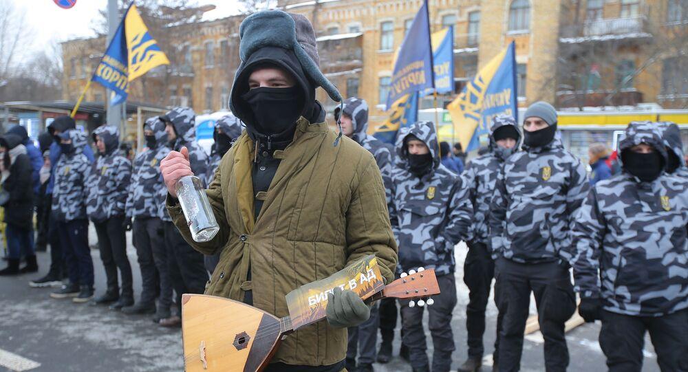 Na akcję przed budynkiem ambasady Rosji w Kijowie przyszła ponad setka nacjonalistów