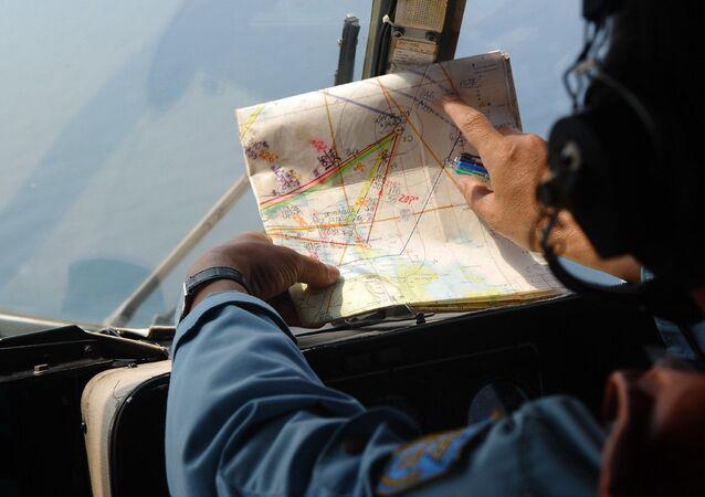 Członek załogi wietnamskiego śmigłowca MI-171 uczesnistniczącego w operacji poszukiwawczej malezyjskiego Boeinga MH370
