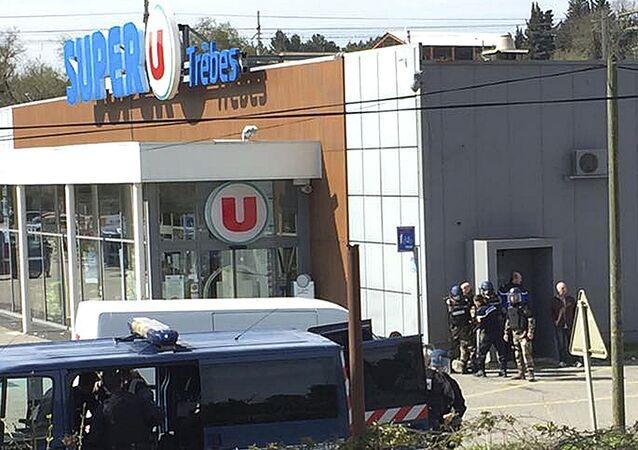 Atak terrorystyczny na supermarket Super U w Trebes na południu Francji