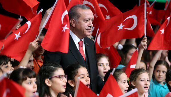 Prezydent Turcji Tayyip Erdogan - Sputnik Polska