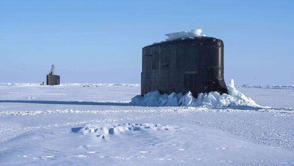 Okręty Hartford i Connecticut, które utknęły w lodzie - Sputnik Polska