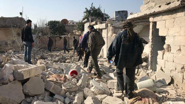 Miejscowość Dżenderes w kantonie Afrin na północy Syrii po nalocie i ostrzale artyleryjskim przez tureckie siły zbrojne - Sputnik Polska