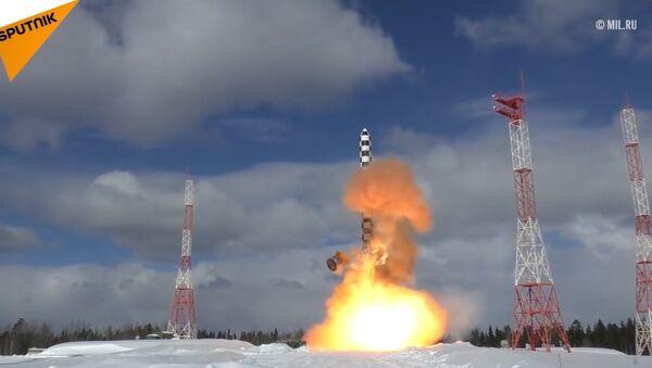 Ciężka rakieta  międzykontynentalna Sarmat - Sputnik Polska