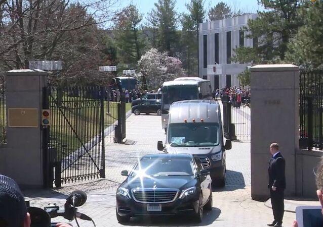 Rosyjscy dyplomaci opuszczają USA