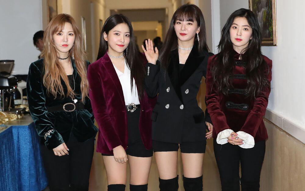 Zespół Red Velvet po próbie w Pjongjangu