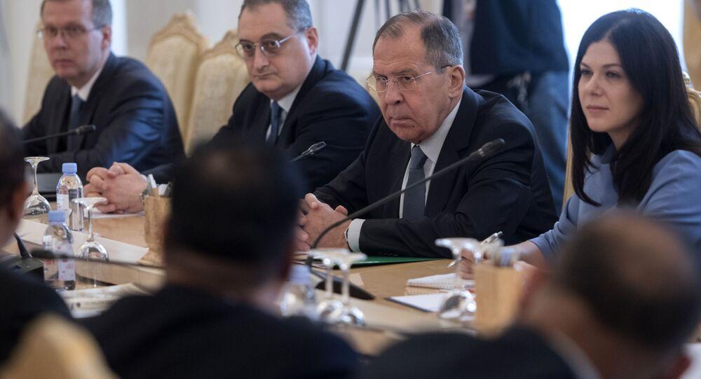 Minister spraw zagranicznych Rosji Siergiej Ławrow na spotkaniu z ministrem spraw zagranicznych Bangladeszu Abulem Hassanem Mahmoodem Alim