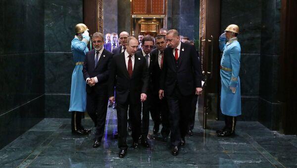 Prezydent Rosji Władimir Putin w Ankarze - Sputnik Polska