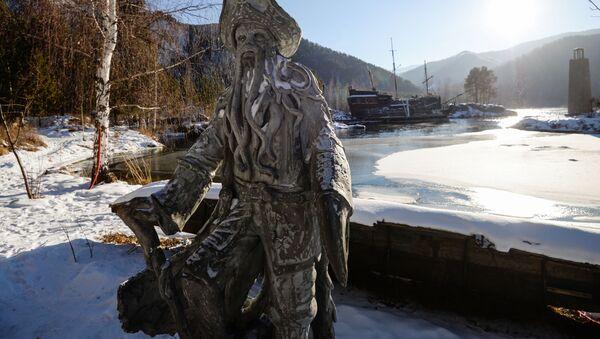 Chakasja, rzeźba postaci z filmu Piraci z Karaibów - Sputnik Polska
