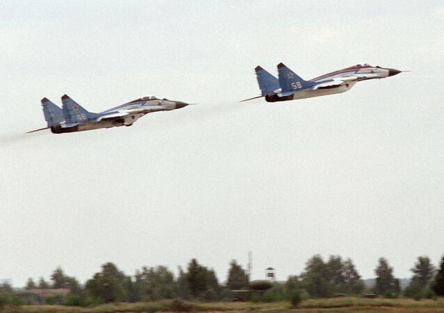 Myśliwce przechwytujące 3. generacji MiG-25RB