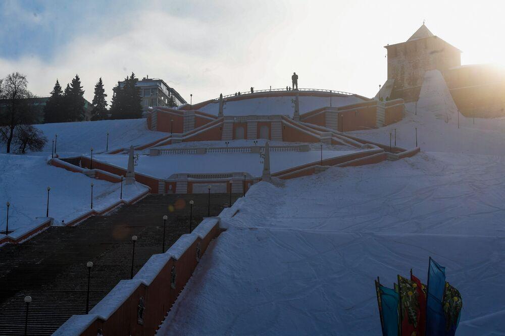 Monumentalne schody w historycznym centrum Niżnego Nowogrodu