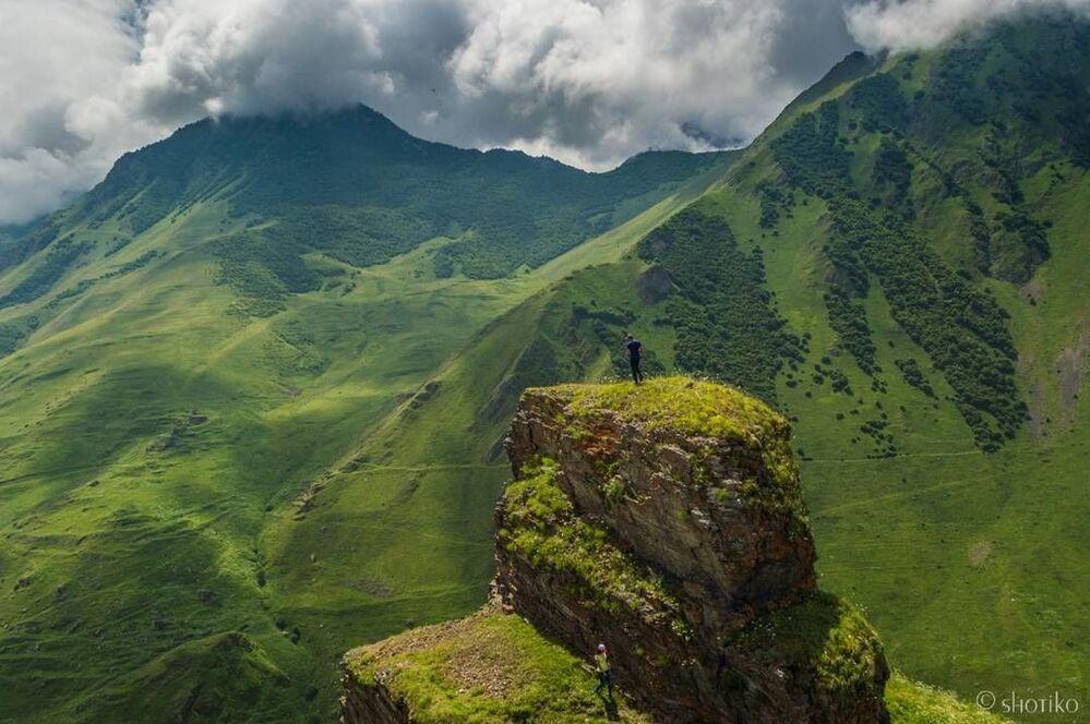 Okolice wsi Kamunta i Dunta Uallagkom w wąwozie Digorskim, Osetia Północna