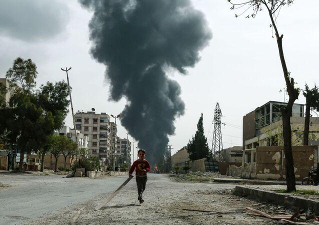 Syryjskie miasto Duma po ataku lotniczym