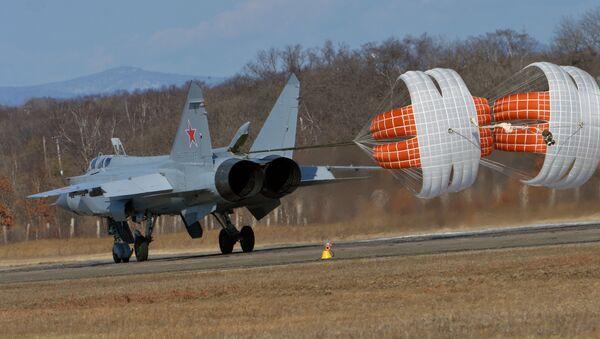 Hipersoniczny myśliwiec przechwytujących o dalekim zasięgu działania MiG-31 - Sputnik Polska