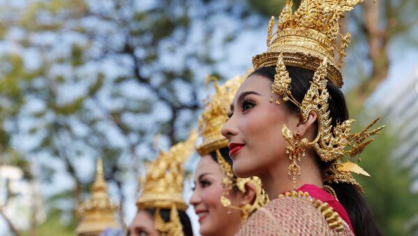Festiwal Songkran: Tajlandia świętuje Nowy Rok - Sputnik Polska