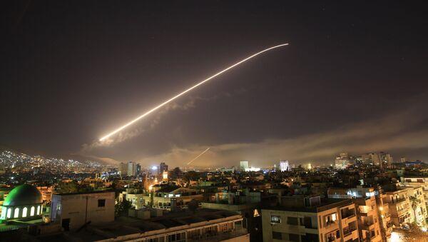 Nocne uderzenie USA na Syrię - Sputnik Polska