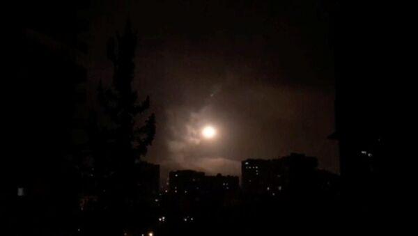 Nocne naloty USA, Francji i Wielkiej Brytanii na Syrię - Sputnik Polska