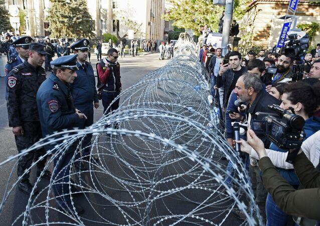 Protesty w Erywaniu w Armenii