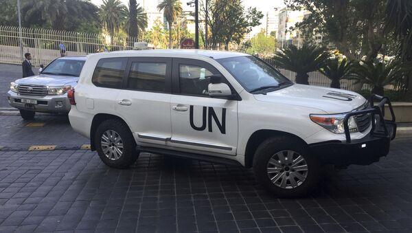 Samochód pracowników ONZ w Damaszku - Sputnik Polska