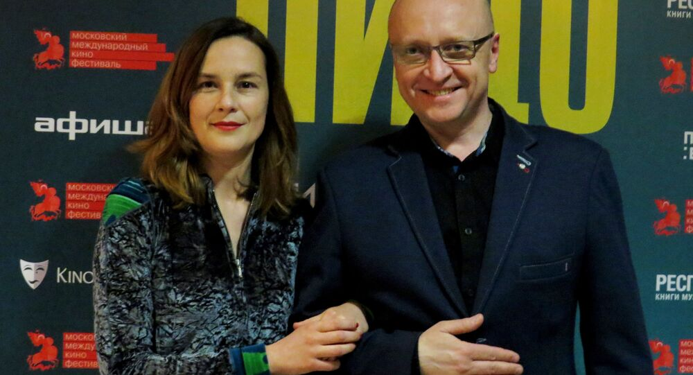 """Agnieszka Podsiadlik i Leszek Kazimierski na premierze """"Twarzy"""" w Moskwie"""