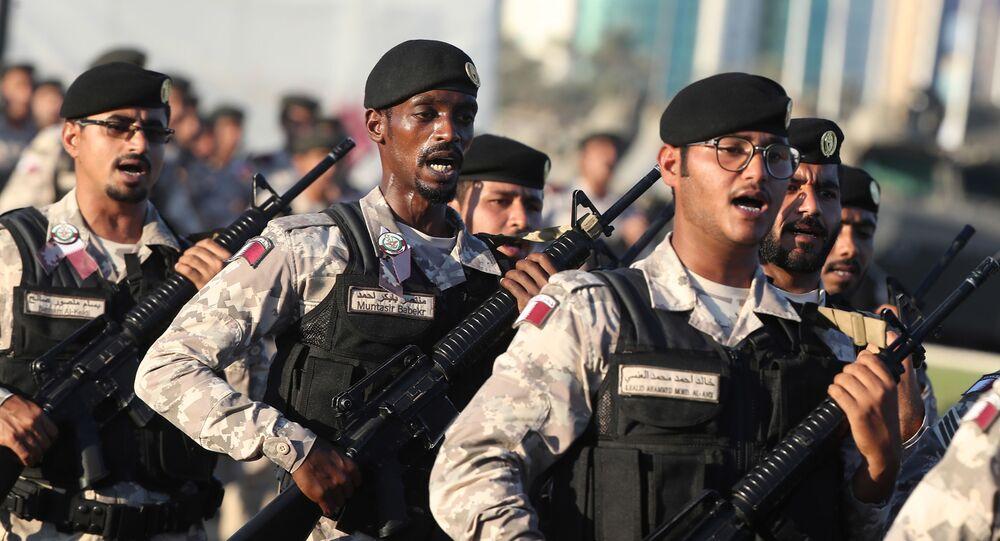 Katarscy wojskowi w Dosze na defiladzie z okazji Święta Narodowego Kataru